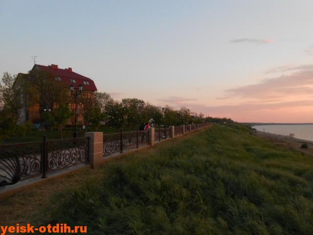 таганрогская приморская набережная ейск