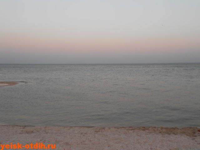пляж ейский лиман