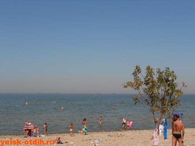 пляж каменка ейск галька