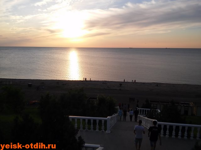лестница пляж каменка ейск