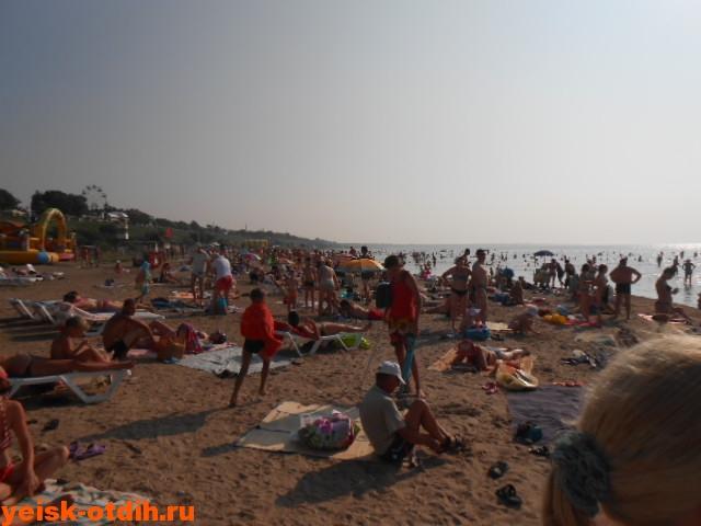на пляже в ейске